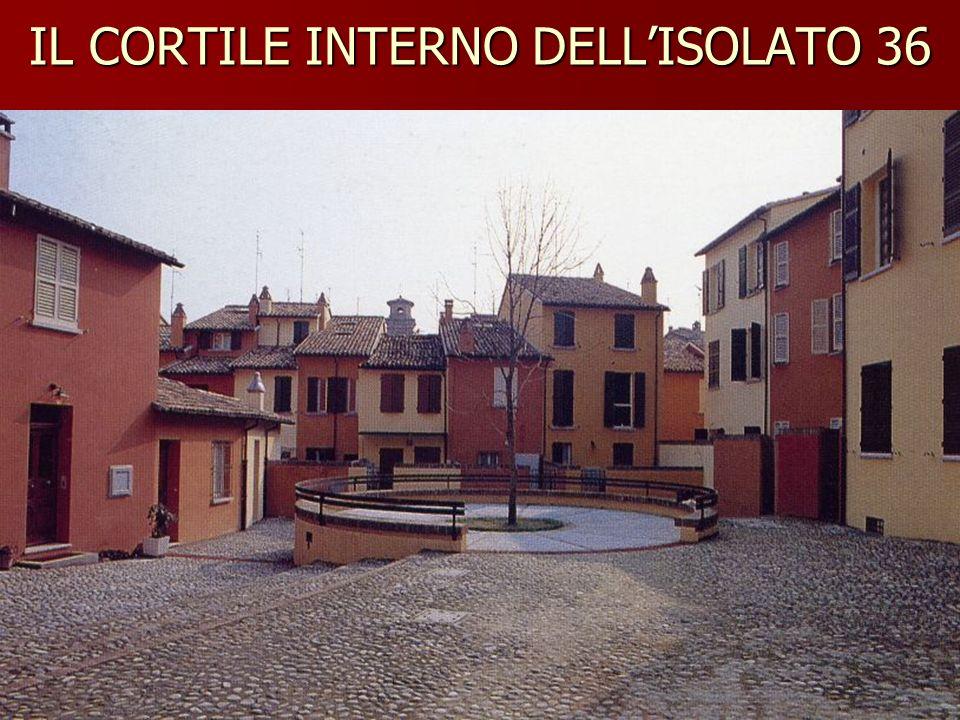 IL CORTILE INTERNO DELLISOLATO 36