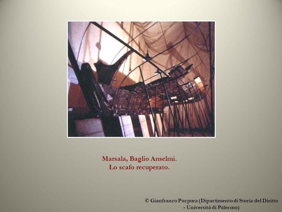 Marsala, Baglio Anselmi. Lo scafo recuperato.