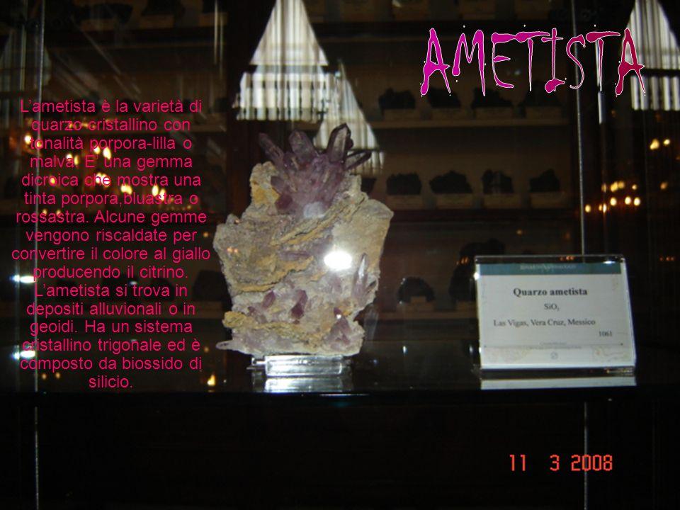 Lametista è la varietà di quarzo cristallino con tonalità porpora-lilla o malva.