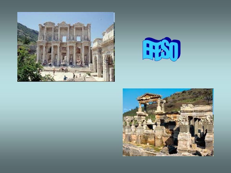 EFESO Ai piedi di una collina sarà possibile visitare lantica città: LOdeon, piccolo teatro; la via dei Cureti con i suoi templi e statue; la Bibliote