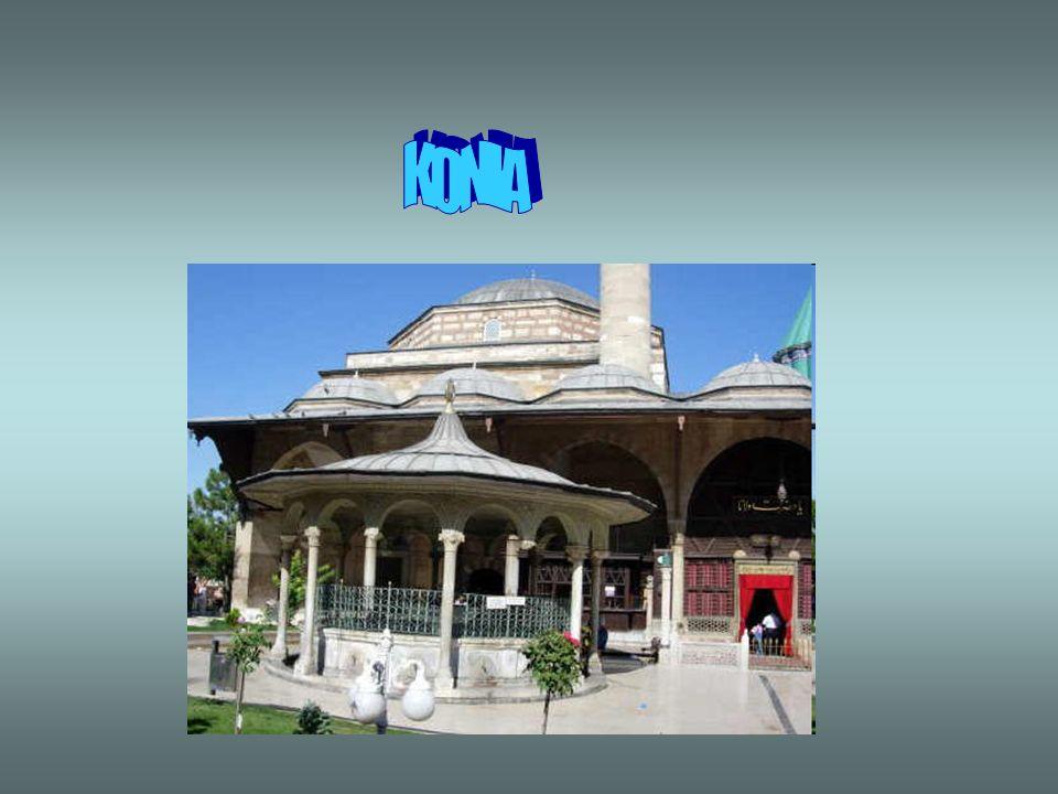 5° GIORNO: PAMUKKALE – KONYA – CAPPADOCIA Pensione completa. La mattina partenza per la Cappadocia. Sulla strada incontreremo Konya, lantica Iconio. L