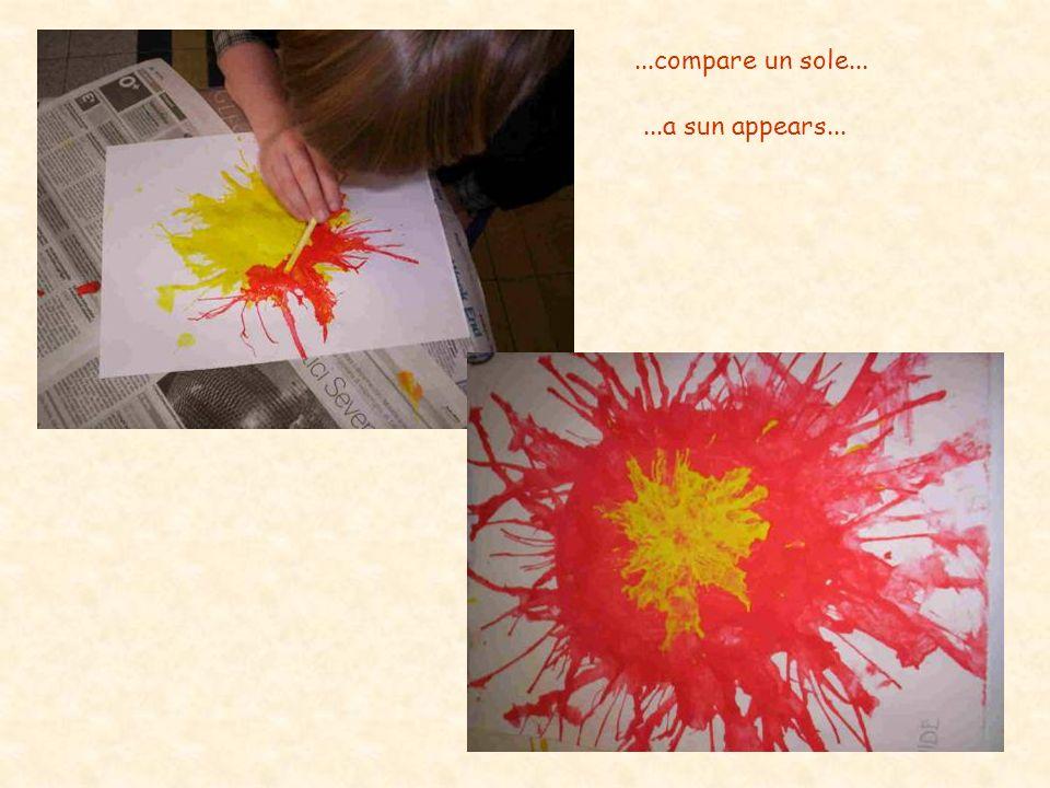 ...compare un sole......a sun appears...