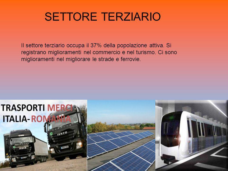 SETTORE TERZIARIO Il settore terziario occupa il 37% della popolazione attiva. Si registrano miglioramenti nel commercio e nel turismo. Ci sono miglio