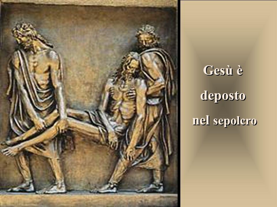 Signore, sei disceso nelloscurità della morte. Ma il tuo corpo viene raccolto da mani buone e avvolto in un candido lenzuolo. La fede non è morta del