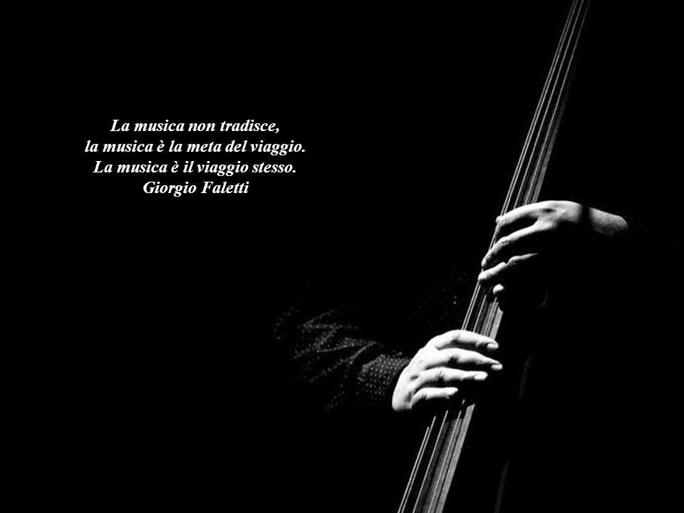 Vi sono note musicali che, come fili di seta intrecciati, tessono ricordi sublimi sul pentagramma delle nostre vite. Barbara Brussa