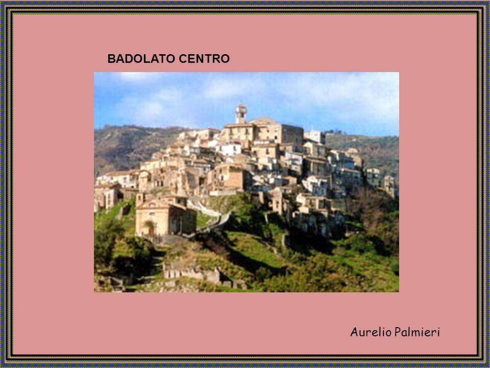 Aurelio Palmieri Soverato è un comune calabrese di oltre 10.000 abitanti in provincia di Catanzaro, situato nella parte sud del golfo di Squillace e distante circa 35 chilometri dal capoluogo di provincia.