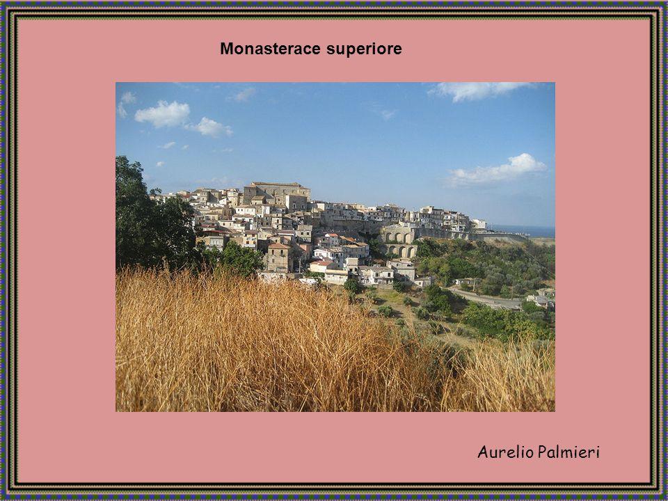 Aurelio Palmieri Badolato è un comune di oltre 3.000 abitanti della provincia di Catanzaro.