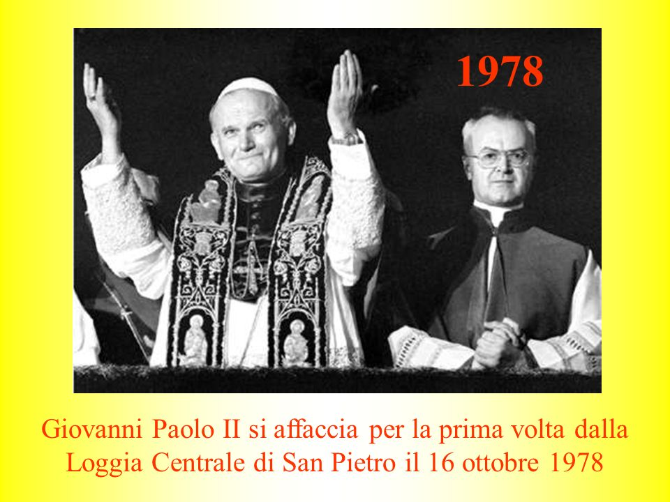 Giovanni Paolo II si affaccia per la prima volta dalla Loggia Centrale di San Pietro il 16 ottobre 1978 1978