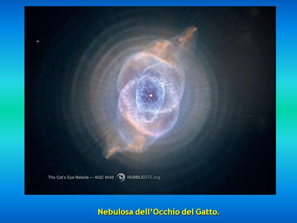 Al terzo posto vediamo la Nebulosa dellEschimese (sembra una persona con un cappuccio) NGC 2392, situata a 5000 anni luce.