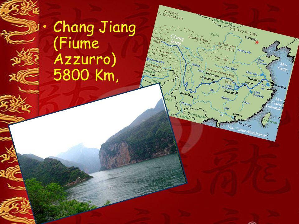 Laghi principali Qinghai Hu 4000 Km², Dongting Hu 3100 Km²