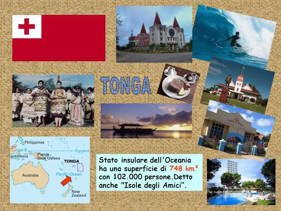 E una delle regioni in cui tradizionalmente viene suddivisa lOceania;essa è composta da centinaia di piccole isole con 136.000 abitanti circa su 702 Km².