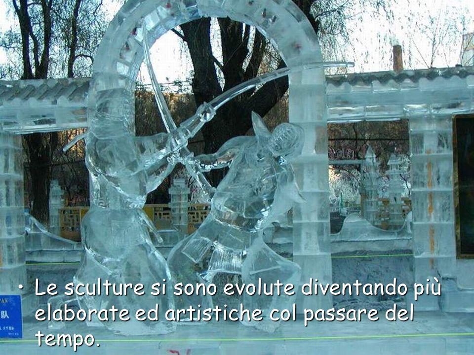 Le sculture si sono evolute diventando più elaborate ed artistiche col passare del tempo.Le sculture si sono evolute diventando più elaborate ed artistiche col passare del tempo.