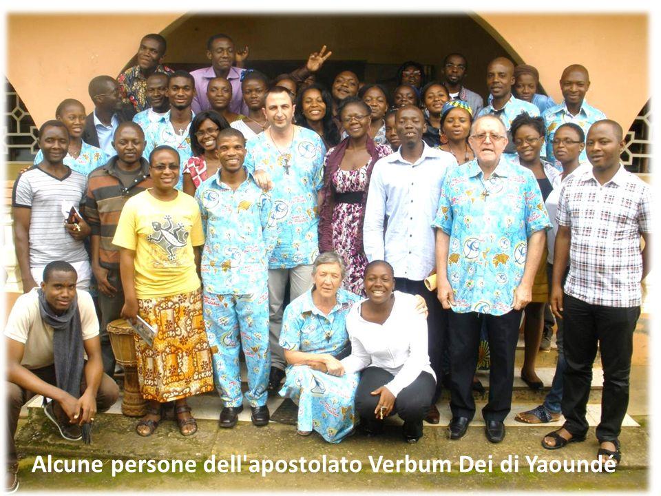 Alcune persone dell'apostolato Verbum Dei di Yaoundé