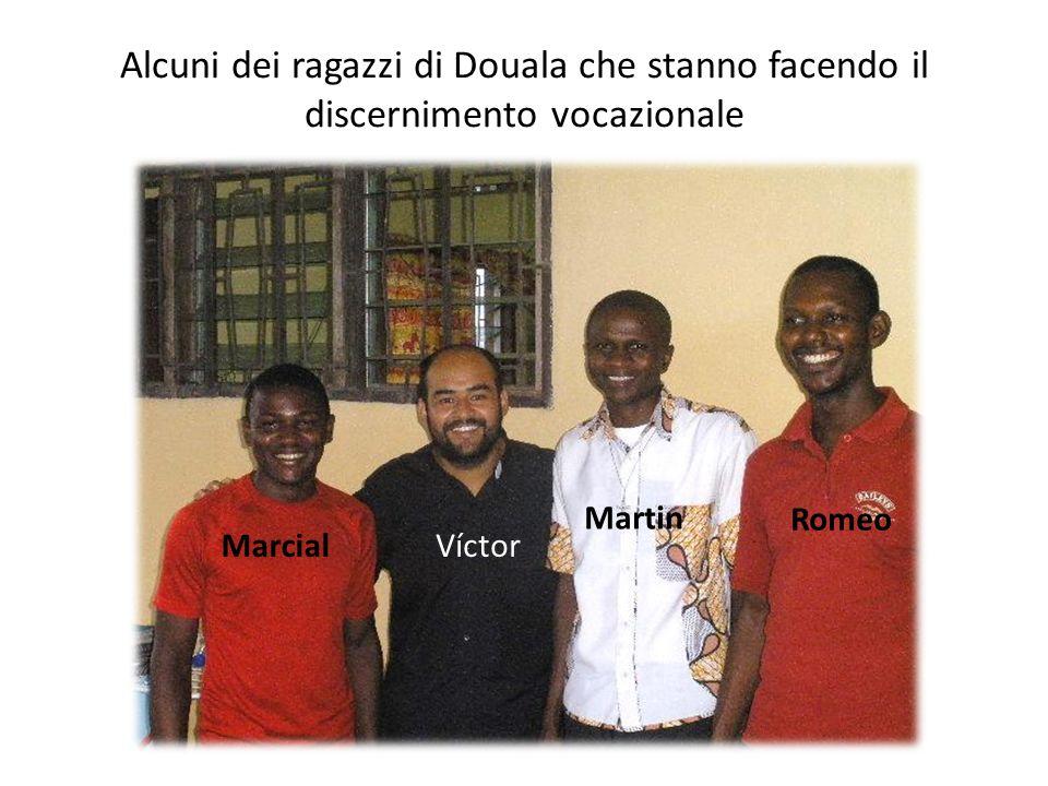 Alcuni dei ragazzi di Douala che stanno facendo il discernimento vocazionale Romeo Martin MarcialVíctor