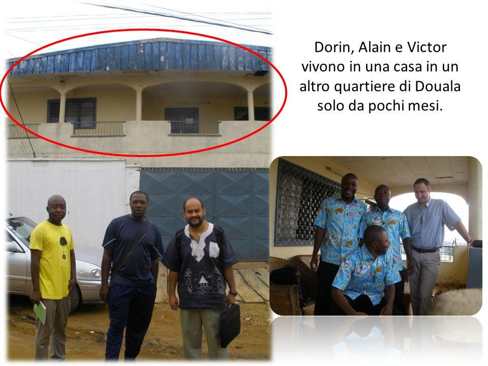Dorin, Alain e Victor vivono in una casa in un altro quartiere di Douala solo da pochi mesi.