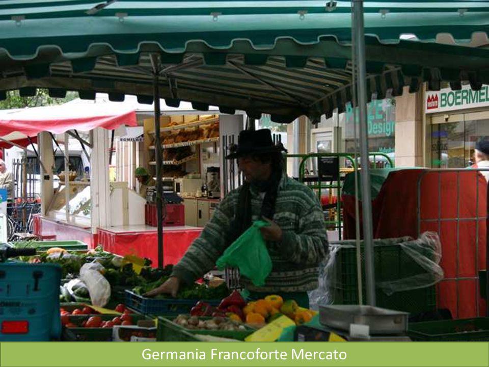 Francoforte Fontana Giustizia