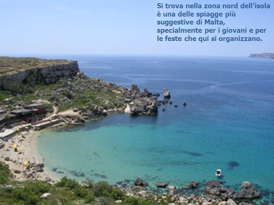 Si trova nella zona nord dellisola è una delle spiagge più suggestive di Malta, specialmente per i giovani e per le feste che qui si organizzano.