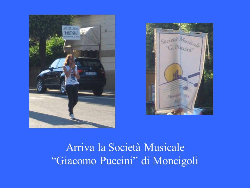 Arriva la Società Musicale Giacomo Puccini di Moncigoli