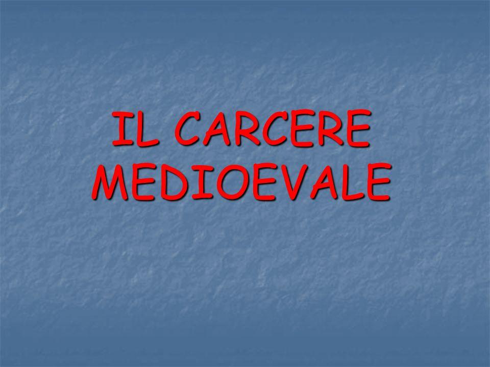 Tra le prime costruzioni, progettate e realizzate come prigioni possiamo sicuramente dare la palma del primato alle Nuove di Strada Giulia in Roma, volute da Innocenzo X.