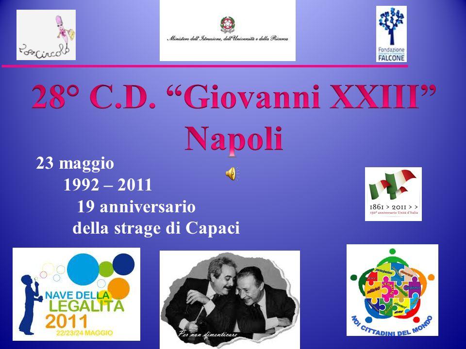 Al porto di Napoli pronti per il Viaggio della Legalita 22 maggio 20011