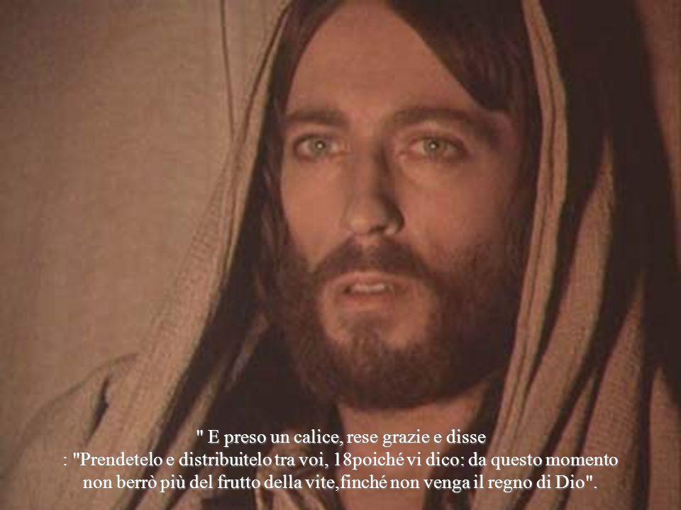 Uno dei malfattori appesi alla croce lo insultava: Non sei tu il Cristo.