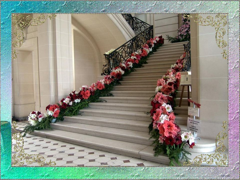 Ogni anno il castello di Beloeil, considerato la Versailles del Belgio, offre un momento indimenticabile degno delle più belle favole.