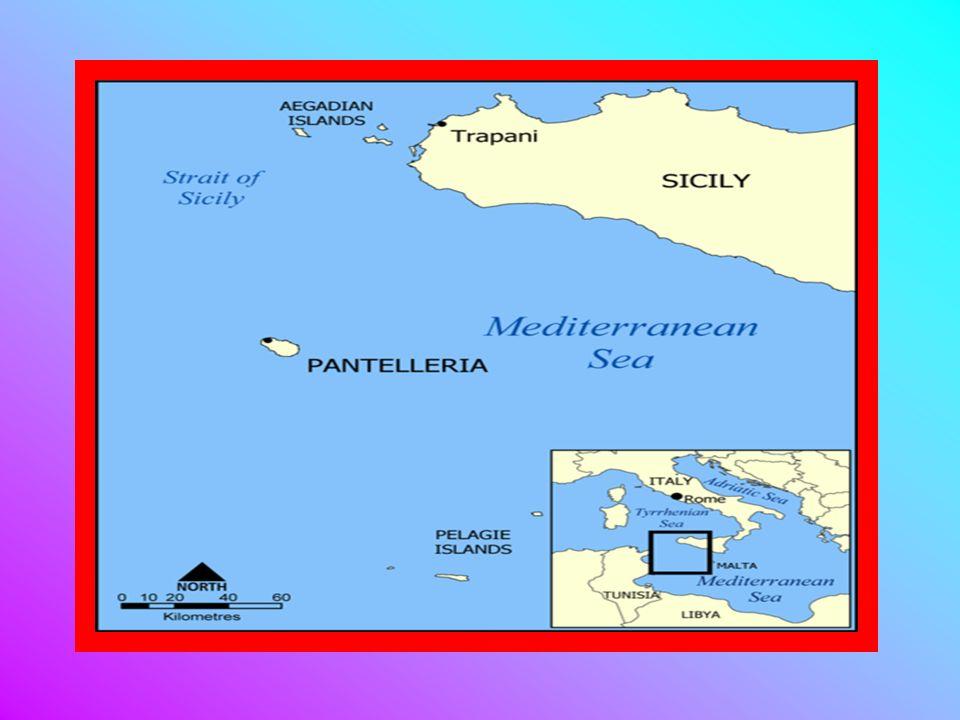 Larcipelago delle Isole Pelagie è formato da tre isole situate nel mezzo del Mar Mediterraneo, tra le coste tunisine e siciliane. Politicamente fanno