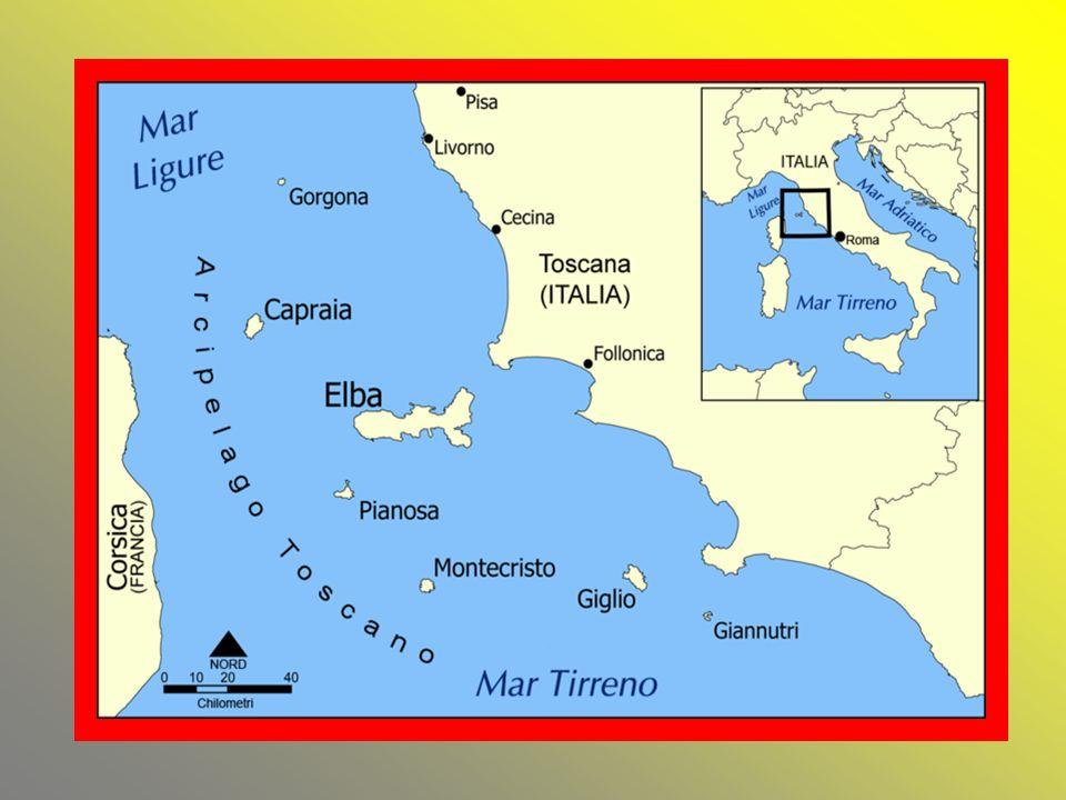 Santo Stefano è una piccola isola situata al largo della costa fra Lazio e Campania. Ha una forma circolare di circa 500 mt. di diametro, ed un'estens
