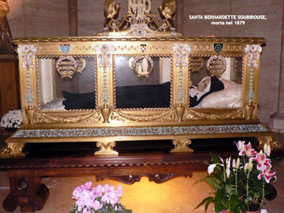 S. JOSE MARÍA DI GESÙ YEROBI, il suo corpo, seduto, è tuttora flessible dal giorno della sua morte, nel I867 S. PIER GIULIANO EYMARD, morto nel 1868 B