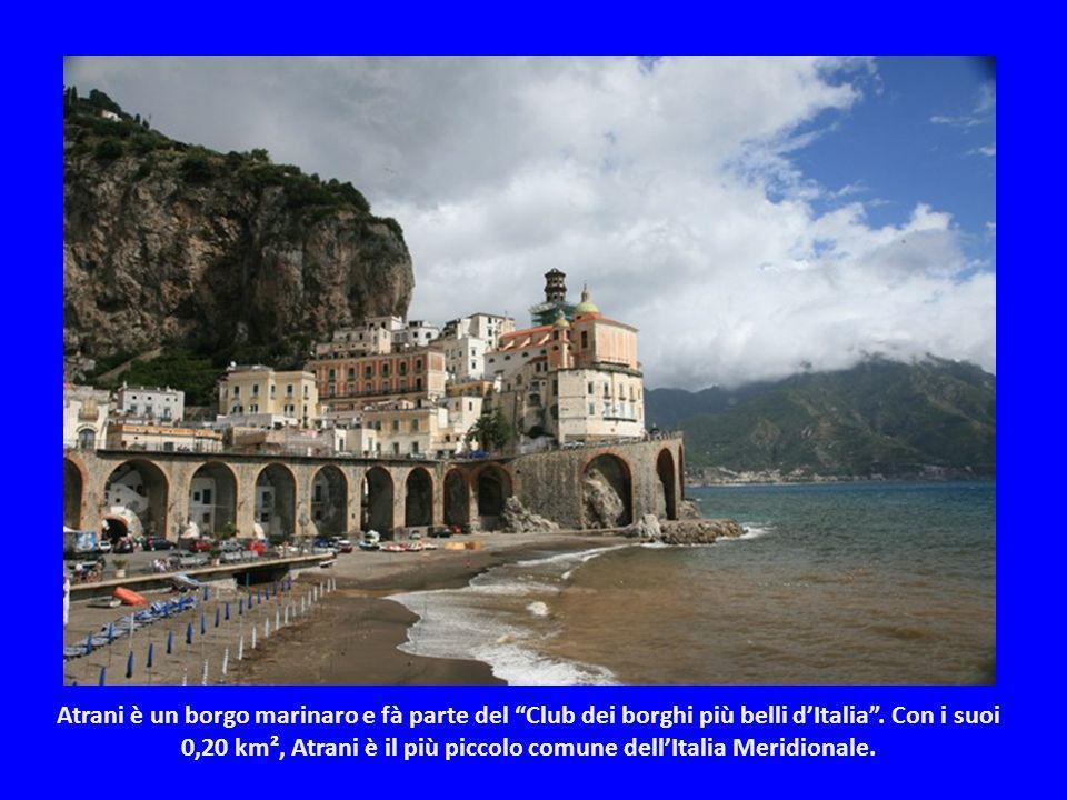 Prende il nome dalla città di Amalfi, perché non solo è geograficamente in posizione centrale, ma anche storicamente. Ognuno dei paesi della Costiera,