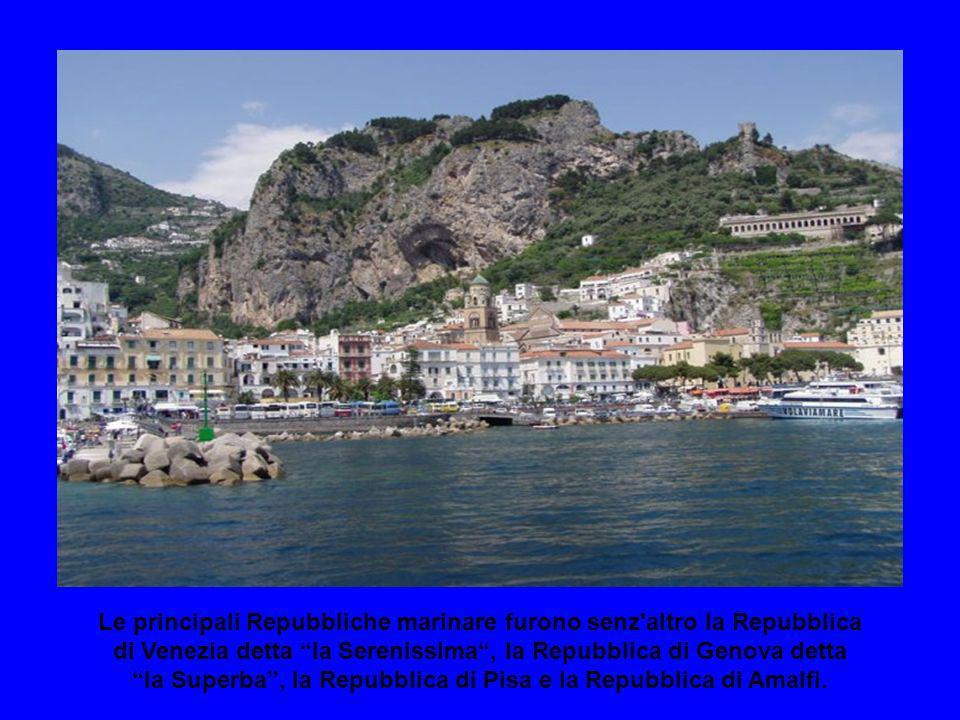Nel 1800 è nata la definizione di Repubbliche marinare, riferentesi ad alcune città costiere, che nel Medioevo, hanno goduto di un'autonomia politica