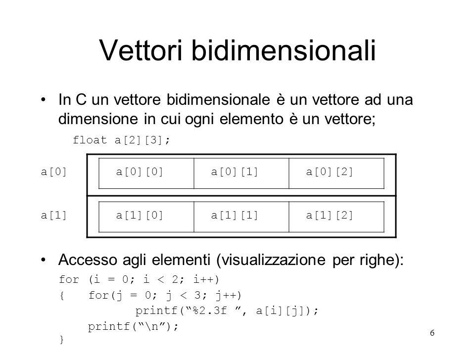 17 Allocazioni statiche e dinamiche Allocare una struttura dati significa riservarle spazio (byte) in memoria centrale; Con lallocazione statica, il compilatore, al momento della dichiarazione e per tutto il loro ciclo di vita, riserva uno spazio in byte sufficiente a contenere le variabili allocate (scalari o vettoriali) di un determinato tipo; Es: int a; //si riservano byte necessari per un int float v[10]; //byte necessari per 10 float Con lallocazione dinamica è possibile: –Decidere il momento in cui allocare e deallocare la struttura dati; –Decidere la quantità di memoria strettamente necessaria da riservare alla struttura dati;