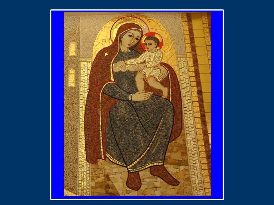 Benedetto XVI ha introdotto la preghiera mariana dell Angelus dopo la Santa Messa a San Giovanni Rotondo nella XII Domenica del Tempo Ordinario / B 21