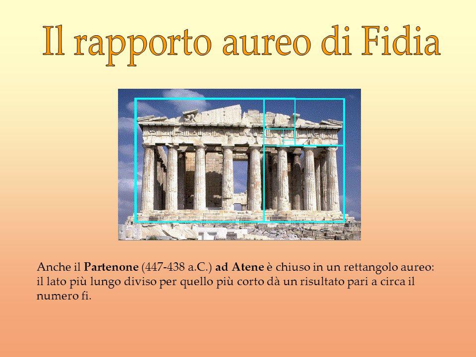 Anche il Partenone (447-438 a.C.) ad Atene è chiuso in un rettangolo aureo: il lato più lungo diviso per quello più corto dà un risultato pari a circa
