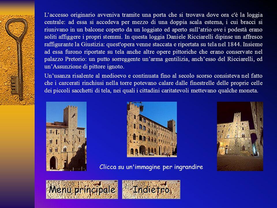 Torre del Porcellino Il nome di questa celebre torre deriva dal fatto che a ridosso del tetto c'è una mensola che sorregge la statua di un animale, il