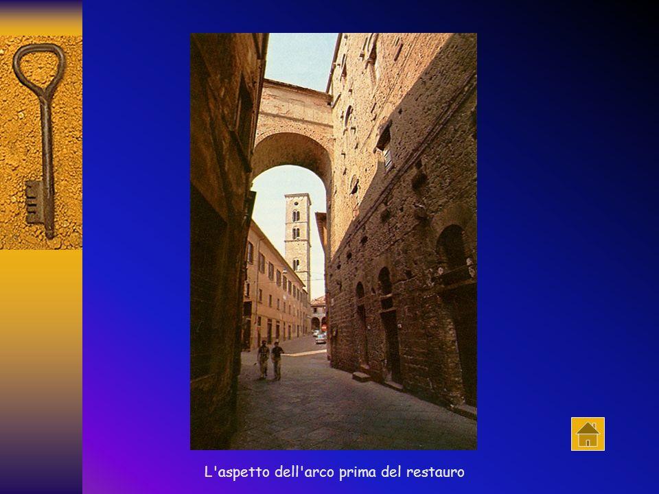 Palazzo Baldinotti Il palazzo, appartenente alla famiglia Baldinotti, costituisce il più antico esempio di edificio privato, che non sia una torre, conservatosi a Volterra.