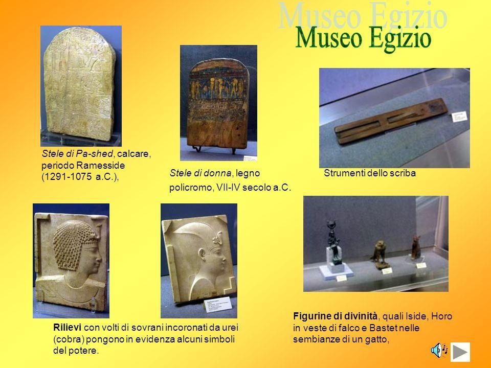 Figurina di rematore del Medio Regno (1994-1650 a.C.) Oggetti di uso quotidiano Amuleti Ushabty – che significa Colui che risponde – fanno parte del corredo funerario, cioè gli oggetti che accompagnavano il defunto nella sepoltura Vasi canopi Sarcofagi