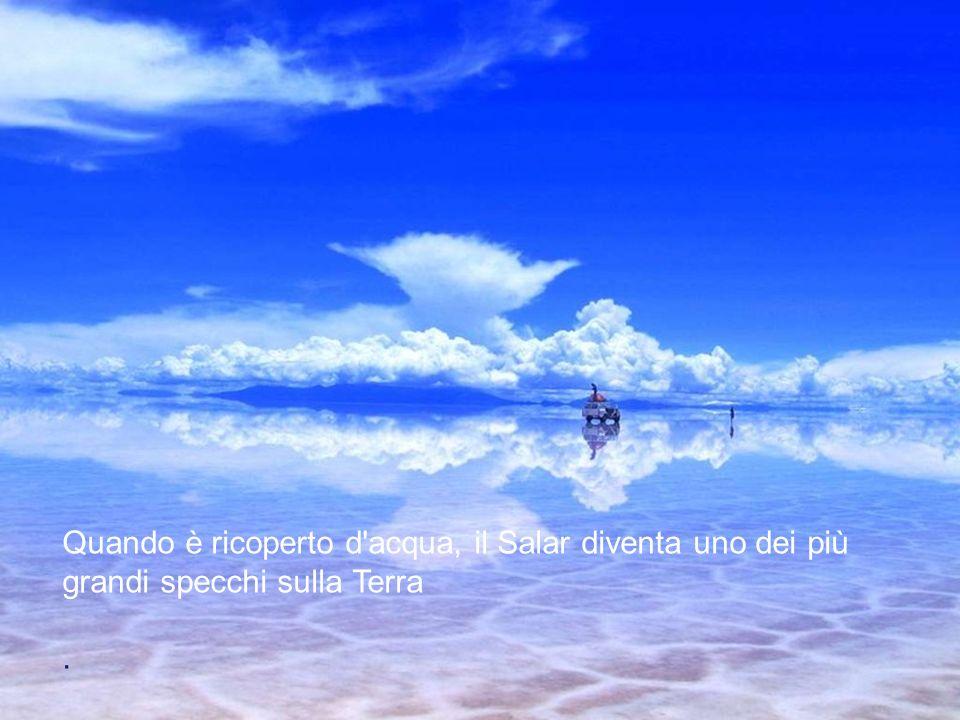 Il deserto salato di Uyuni o Tunupa è, con i suoi 12.000 km ², il più grande deserto di sale del mondo. Si trova a circa 3.650 metri di altezza sull'a