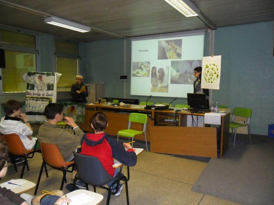 II incontro teorico comune ai gruppi di lavoro: Sara incontra gli studenti e condivide con loro il suo percorso artistico