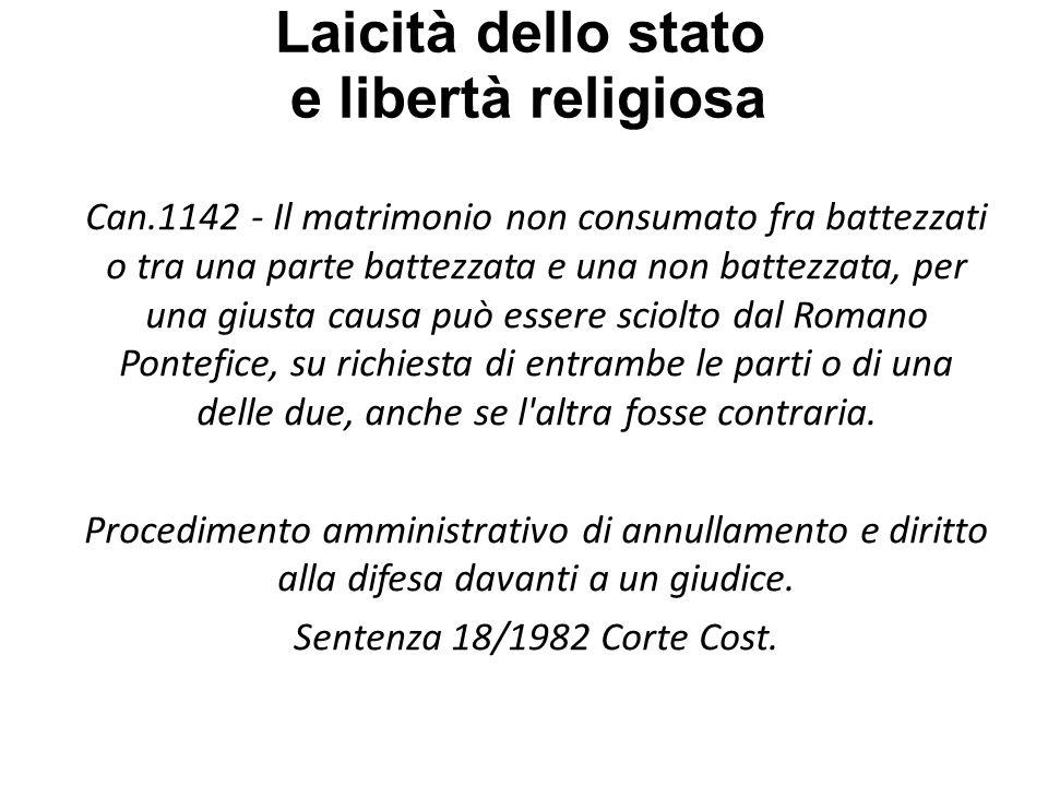 Laicità dello stato e libertà religiosa […] Si capisce che larticolo dica che lo Stato italiano - il soggetto della Costituzione - riconosce, se la vuol riconoscere, la sovranità della Chiesa nel suo ordine.
