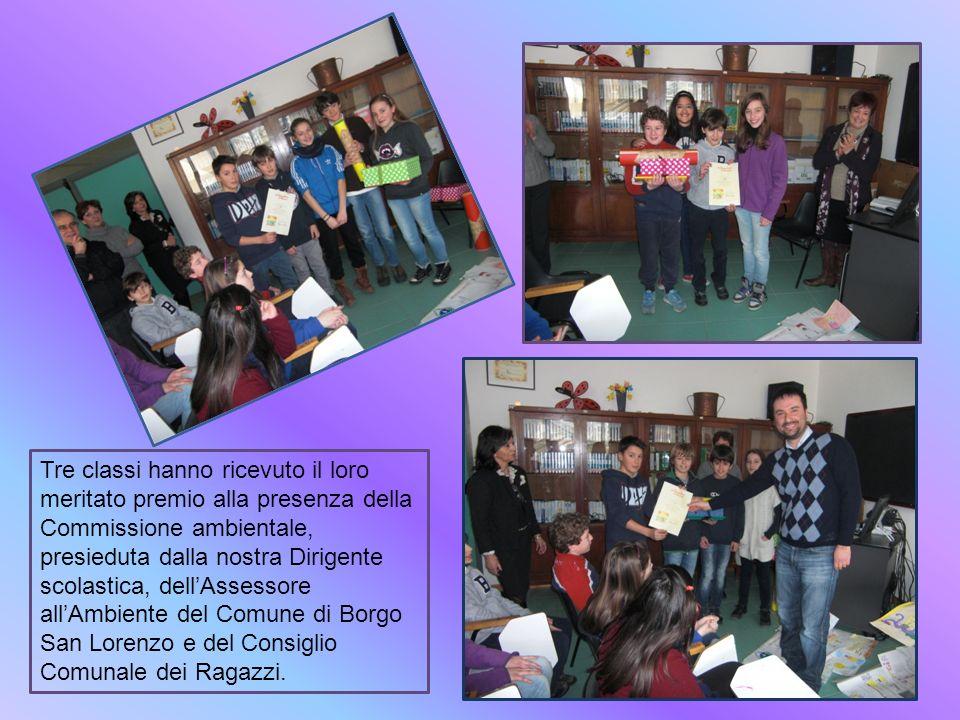 Tre classi hanno ricevuto il loro meritato premio alla presenza della Commissione ambientale, presieduta dalla nostra Dirigente scolastica, dellAssess
