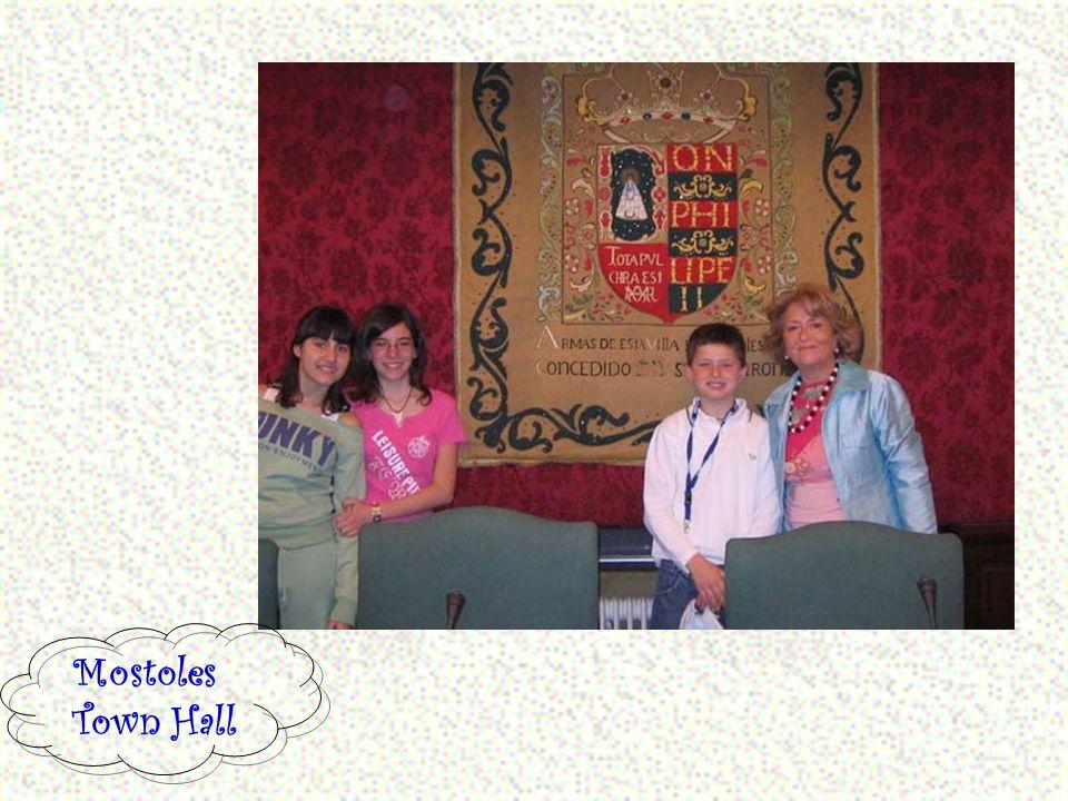 Finalmente si vola in Spagna … Valeria, Marica e Alessio