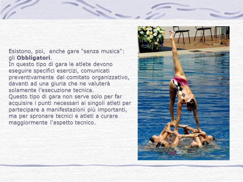 Cosa si fa in un corso di Nuoto Sincronizzato.