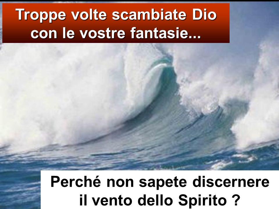 Vedendolo camminare sul mare, i discepoli furono sconvolti e dissero: «È un fantasma! » e gridarono dalla paura. Ma subito Ges ù parlò loro dicendo: «