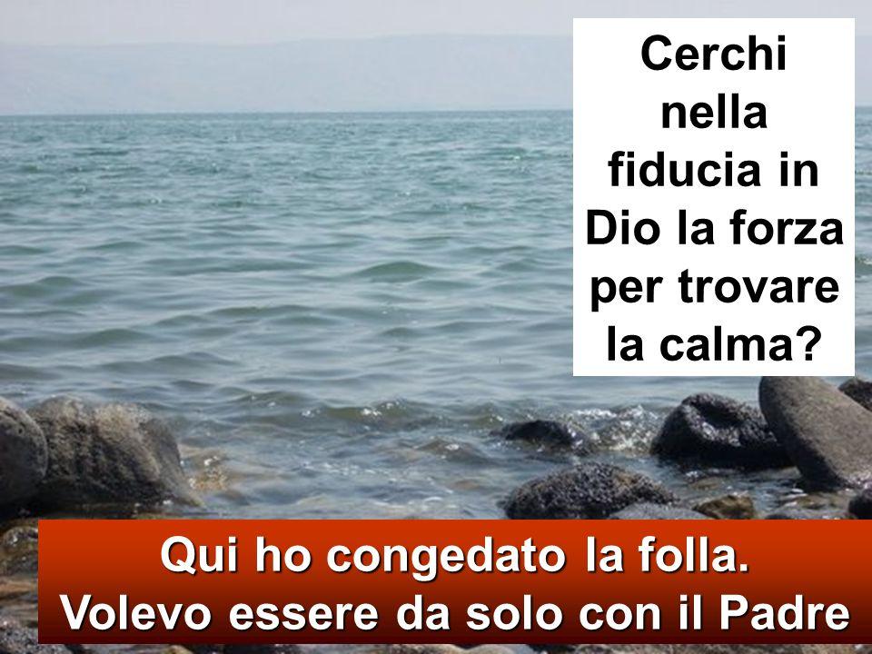 Mt 14.22-33 Dopo che la folla ebbe mangiato, subito Ges ù costrinse i discepoli a salire sulla barca e a precederlo sull altra riva, finch é non avesse congedato la folla.