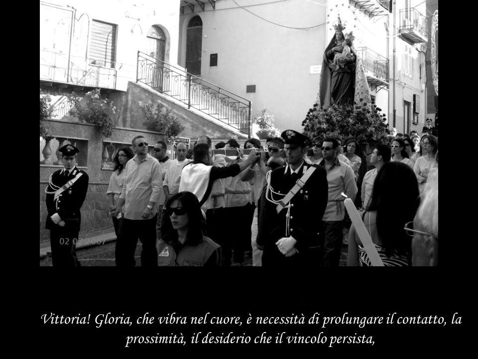 Nella fotografia s'incontra l'assenza, il ricordo, la separazione, quelli che furono e coloro che sono Scomparsi.