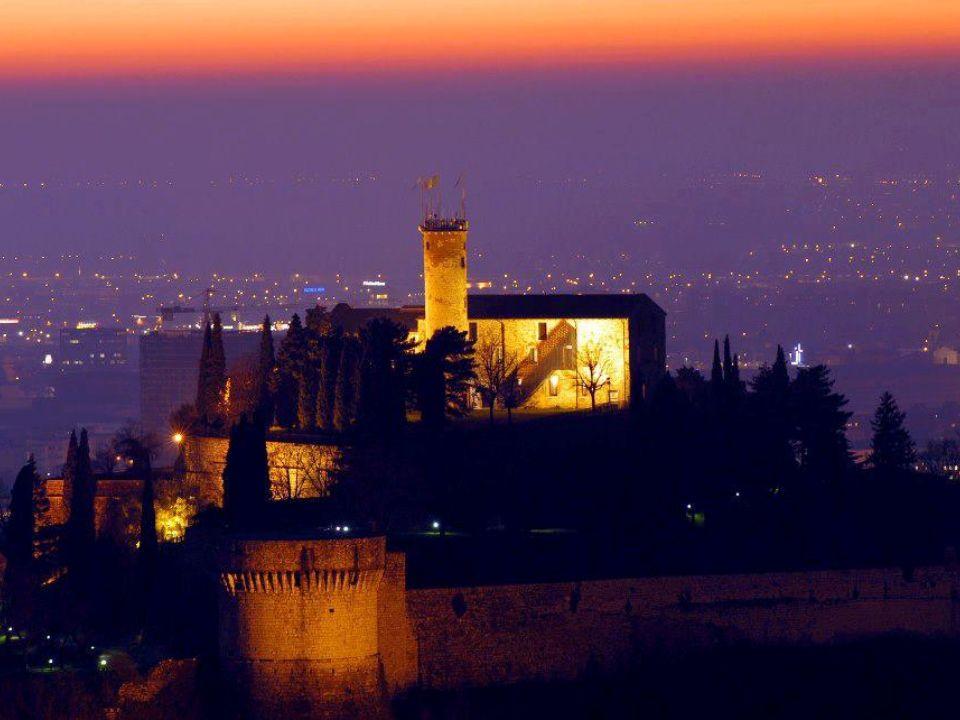 http://www.bresciainvetrina.it/bresciaarte/castello.htm Conosciuto come il