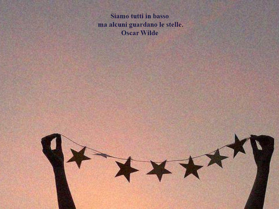 Si dice che quando una persona guarda le stelle è come se volesse ritrovare la propria dimensione dispersa nell universo. Salvador Dalì