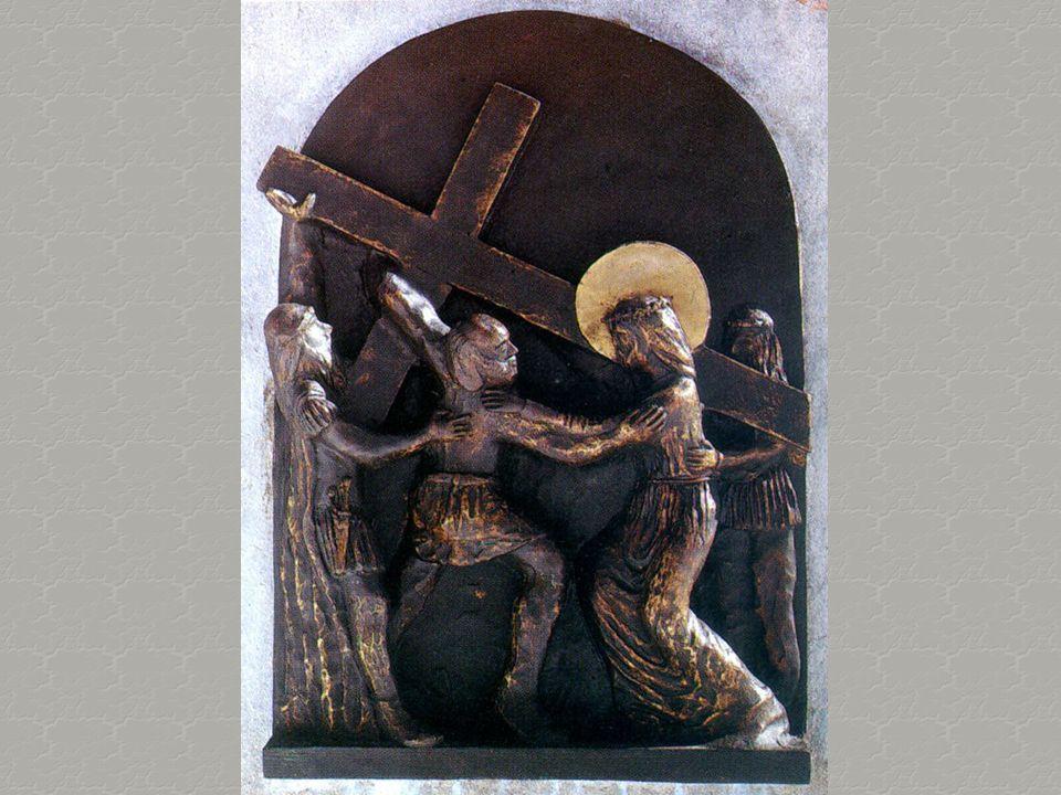 Era pesante, fatta di pioppo impregnato di piogge invernali. E Gesù mi guardò. E il sudore della fronte gli scorreva sulla barba. Ancora mi guardò, e
