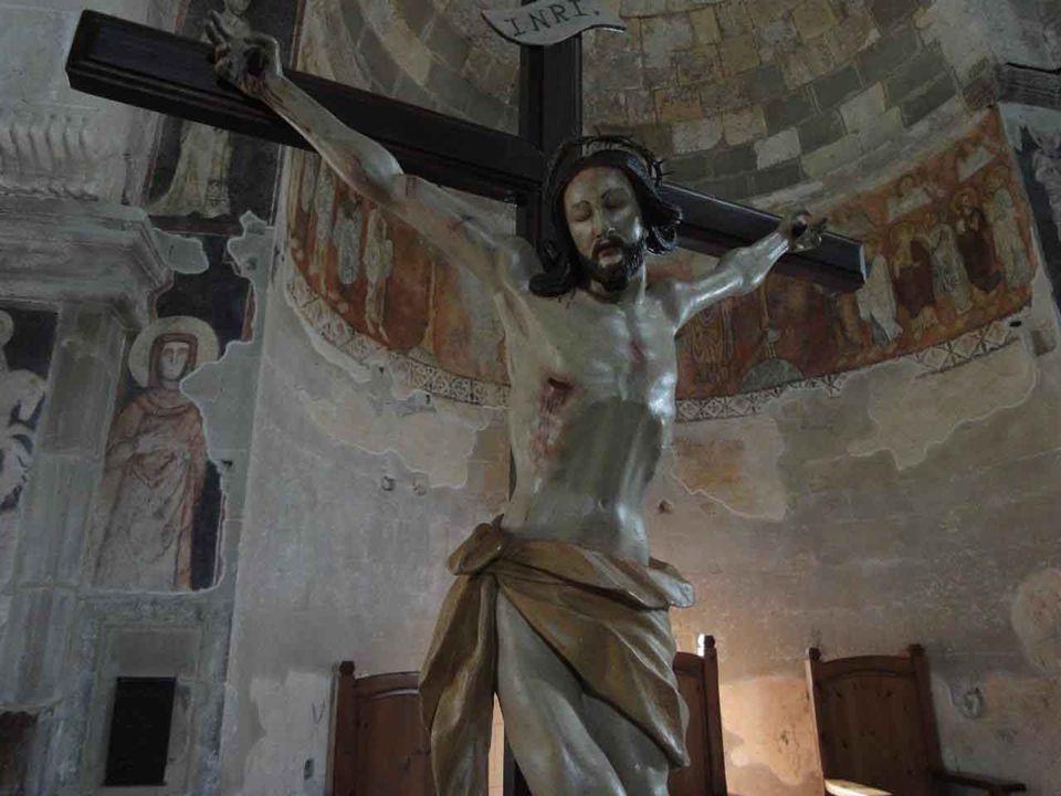 «Non bisognava che il Cristo patisse queste sofferenze per entrare nella sua gloria », dirà il Risorto ai discepoli di Emmaus.